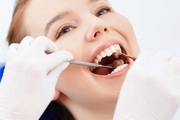 Quanto custa um tratamento dentário no Canadá?